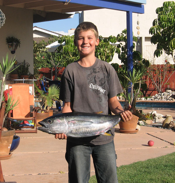 Eli with first YellowFin Tuna 2008